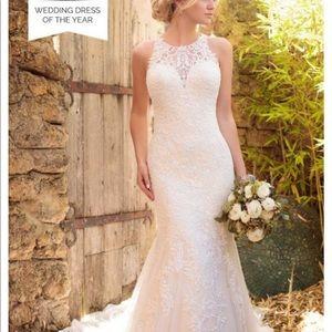 Essence of Australia D2174 Wedding Gown